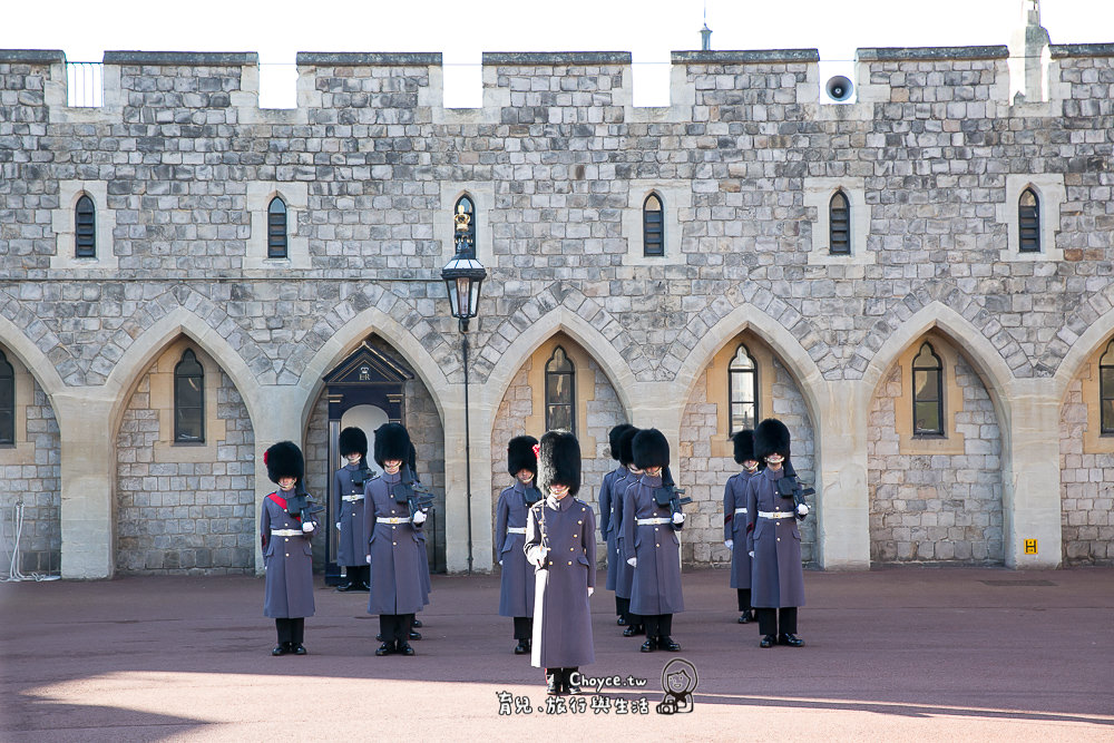 千年迄今屹立不搖 英國精神象徵 Windsor Castle 英國 溫莎古堡 交通與必看衛兵交接 london duck tours