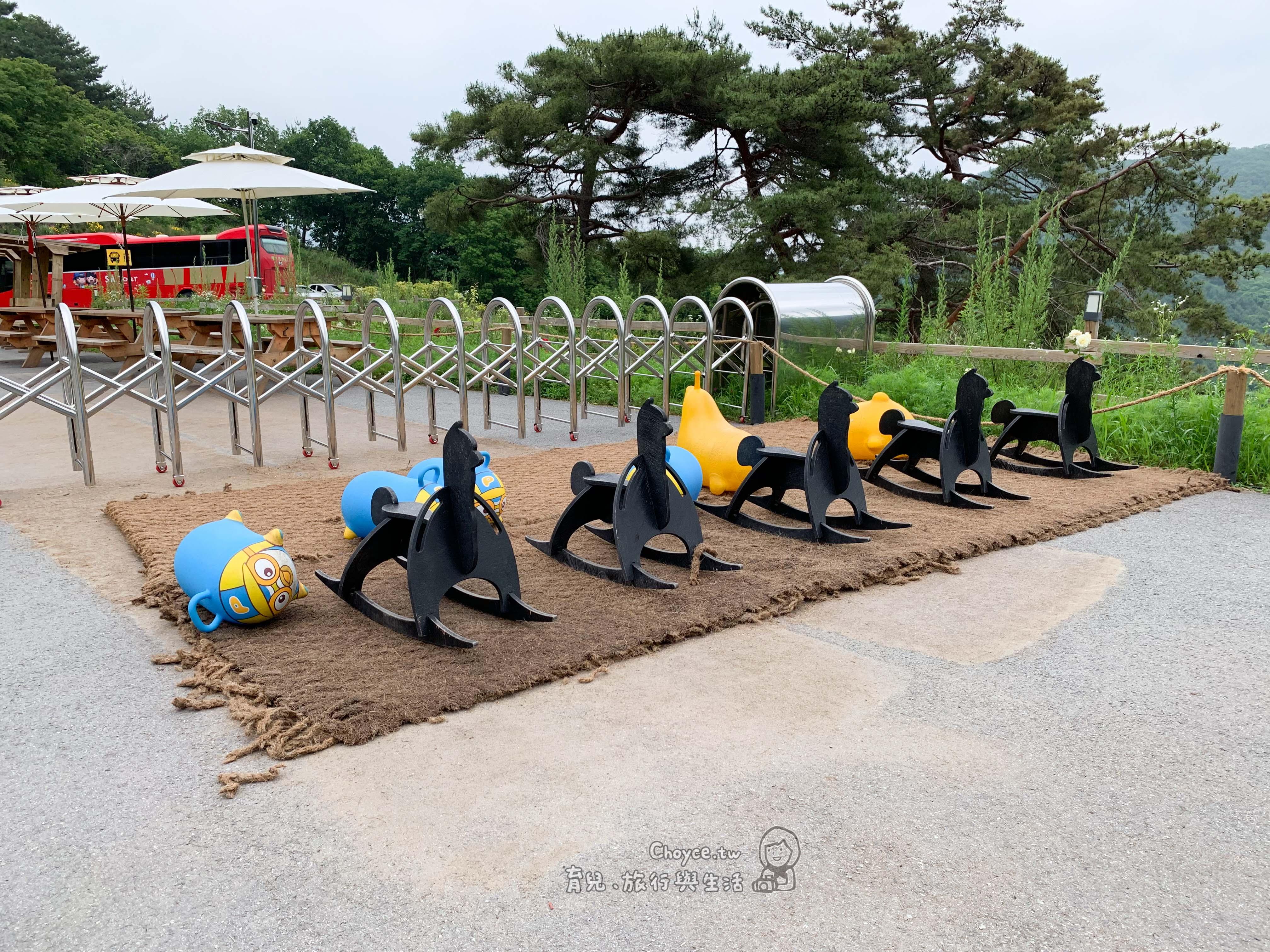 首爾|親子自助行 拜訪萌物教主草泥馬牧場 牽著草泥馬散步 老少咸宜的體驗
