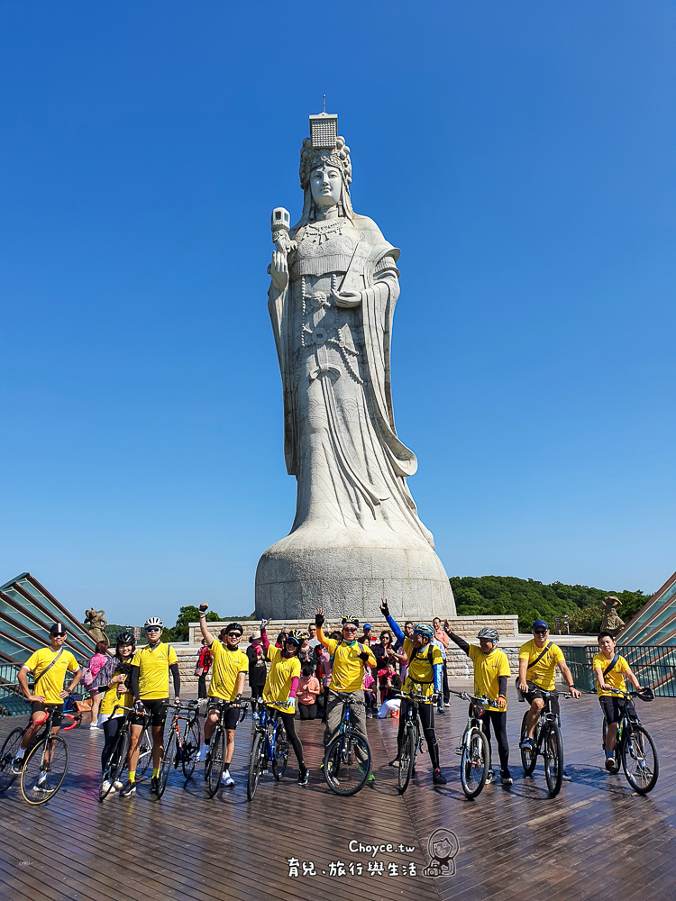 馬祖巨神像 29.6公尺高媽祖守護 皮卡丘發功中 祈福坑道