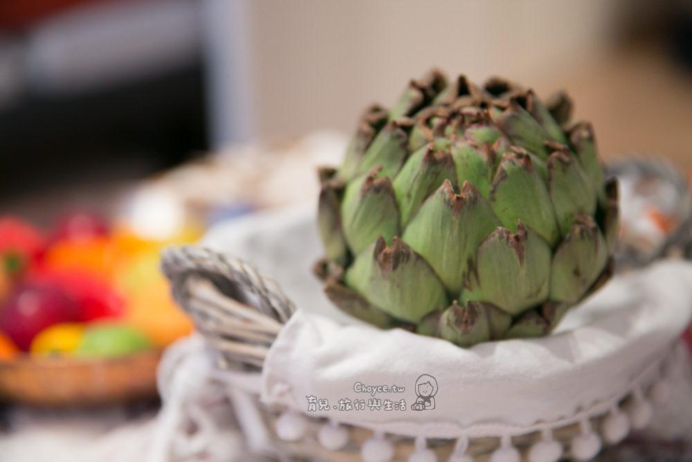 (巴黎Fun暑假) 蔬菜之王 Artichaut Camus朝鮮薊料理 清爽開胃的貴族料理 在家做才0.99歐(有影片)
