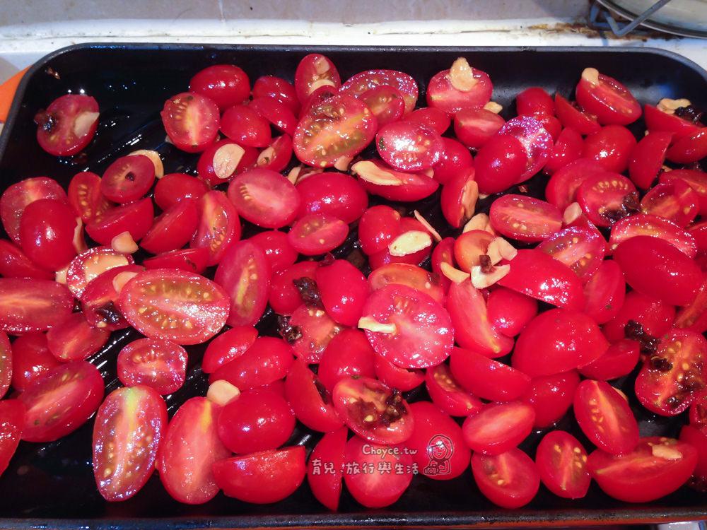 (Choyce廚房) 親子開心做料理 油漬番茄 Marinade TOMATO 「番茄紅了,醫生的臉綠了!」