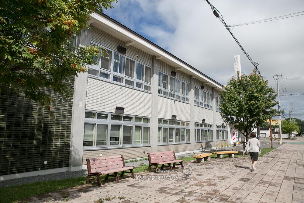 北海道東川町 寫真文化之都 美景小鎮當之無愧 標高2291公尺旭岳 寫真甲子園 日本最先進小學校 外國人學日本語