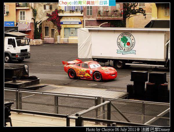 (親子遊巴黎) 世界上有真的閃電麥昆@法國巴黎迪士尼樂園 大型賽車秀