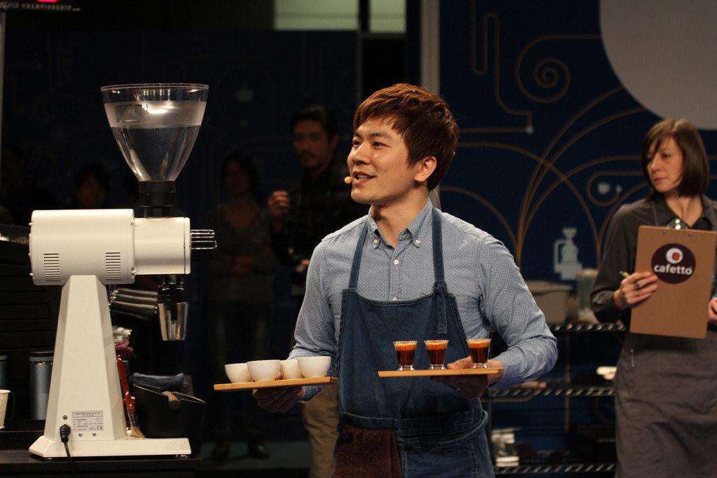 吳則霖參加世界盃咖啡大師競賽畫面.jpg