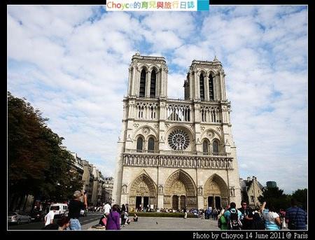 (親子遊巴黎) 法國巴黎最重要的代表建築 聖母院大教堂(免費入館參觀與免費多國語言導覽)